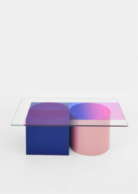 low table COMPOSITION blue front